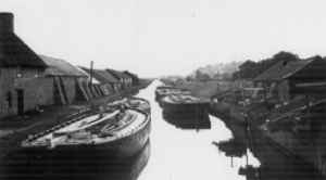 Barges at the Teignbridge clay cellars